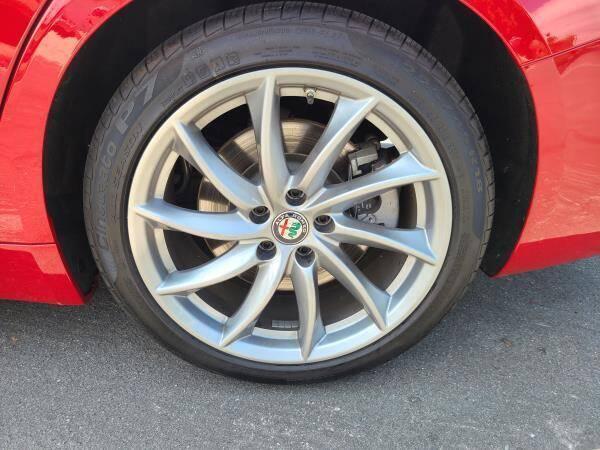 2017 Alfa Romeo Giulia 4dr Sedan - La Crescenta CA