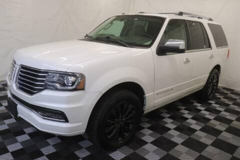 2015 Lincoln Navigator for sale at AH Ride & Pride Auto Group in Akron OH