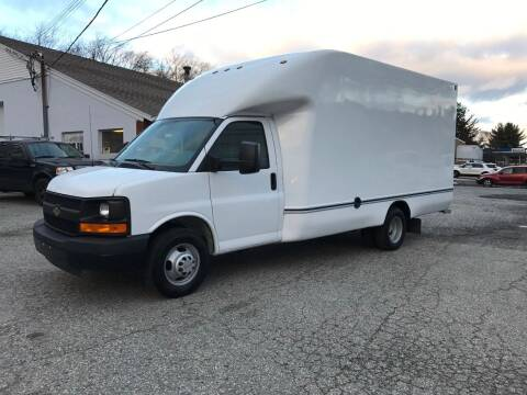 2014 Chevrolet Express Cutaway for sale at J.W.P. Sales in Worcester MA