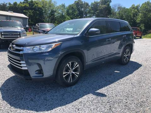 2017 Toyota Highlander for sale at Carolina Auto Sales in Trinity NC