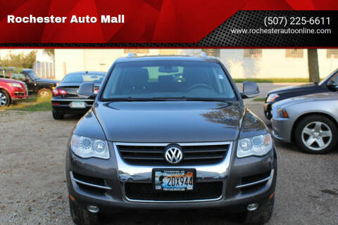 2008 Volkswagen Touareg 2 for sale at Rochester Auto Mall in Rochester MN