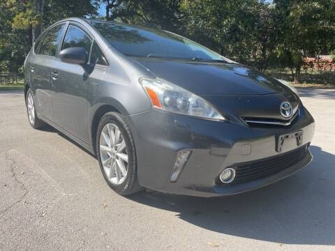 2013 Toyota Prius v for sale at Thornhill Motor Company in Lake Worth TX