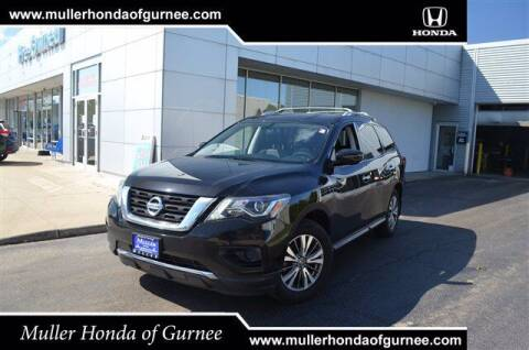 2018 Nissan Pathfinder for sale at RDM CAR BUYING EXPERIENCE in Gurnee IL