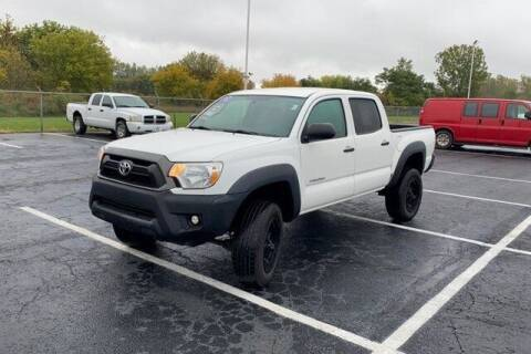 2015 Toyota Tacoma for sale at FREDY KIA USED CARS in Houston TX