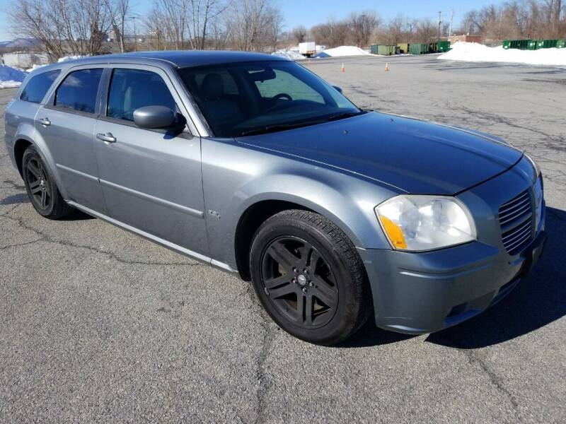 2006 Dodge Magnum for sale at 518 Auto Sales in Queensbury NY