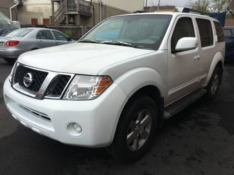 2010 Nissan Pathfinder for sale at Dijie Auto Sale and Service Co. in Johnston RI
