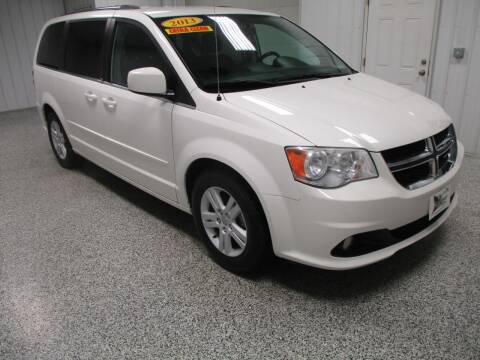 2013 Dodge Grand Caravan for sale at LaFleur Auto Sales in North Sioux City SD