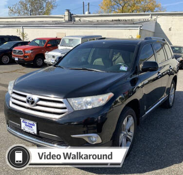 2013 Toyota Highlander for sale at Eastclusive Motors LLC in Hasbrouck Heights NJ