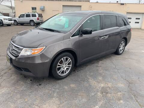 2013 Honda Odyssey for sale at PAPERLAND MOTORS in Green Bay WI