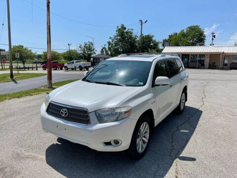 2010 Toyota Highlander Hybrid for sale at Auto Hub in Grandview MO