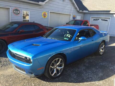 2016 Dodge Challenger for sale at Right Pedal Auto Sales INC in Wind Gap PA