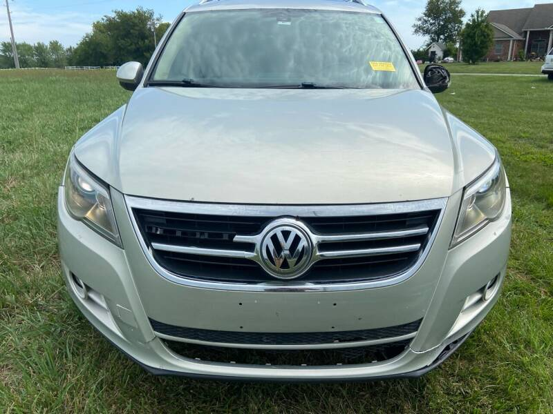 2011 Volkswagen Tiguan for sale at Nice Cars in Pleasant Hill MO