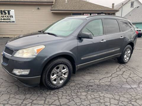 2009 Chevrolet Traverse for sale at MARK CRIST MOTORSPORTS in Angola IN