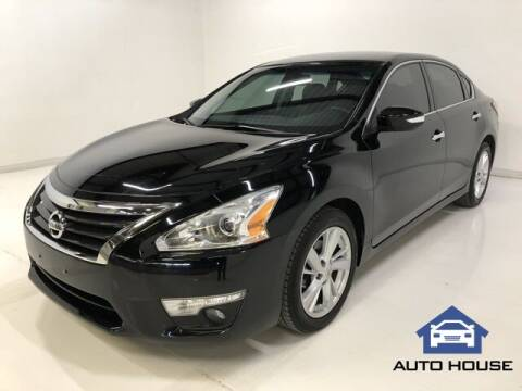 2015 Nissan Altima for sale at Auto House Phoenix in Peoria AZ