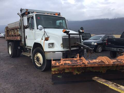 2000 Freightliner FL70 for sale at Troys Auto Sales in Dornsife PA