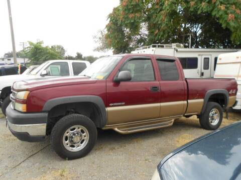 2005 Chevrolet Silverado 2500HD for sale at Mountain Auto in Jackson CA