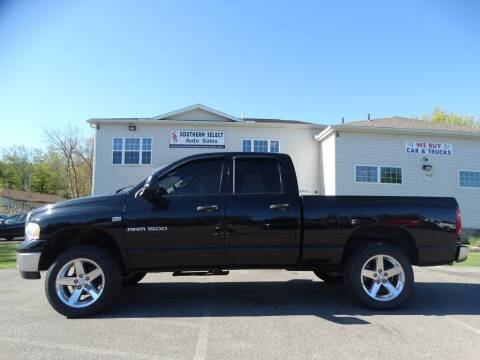 2004 Dodge Ram Pickup 1500 for sale at SOUTHERN SELECT AUTO SALES in Medina OH