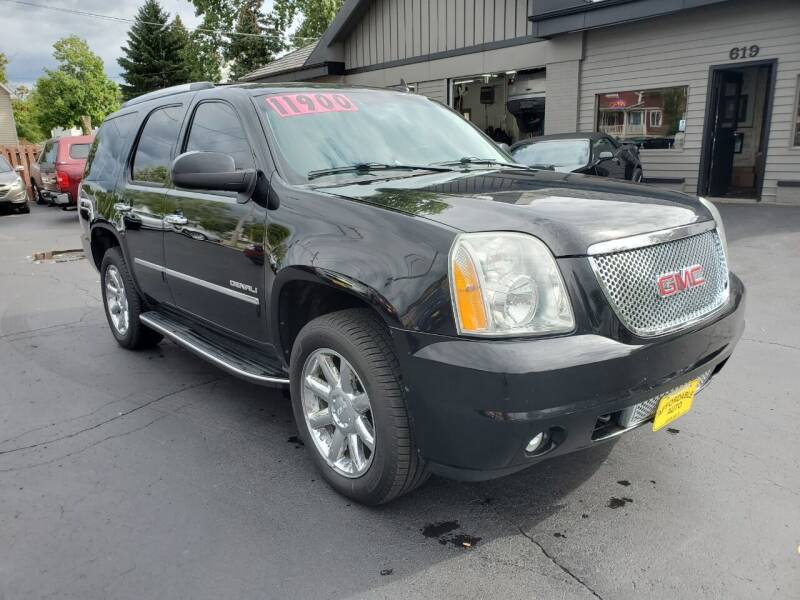 2011 GMC Yukon for sale at AFFORDABLE AUTO, LLC in Green Bay WI