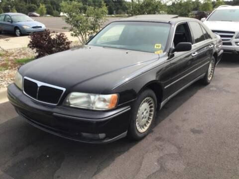 1998 Infiniti Q45 for sale at D & J AUTO EXCHANGE in Columbus IN