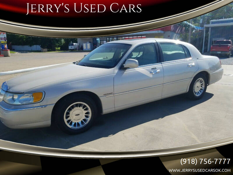 2000 Lincoln Town Car for sale at Jerry's Used Cars in Okmulgee OK