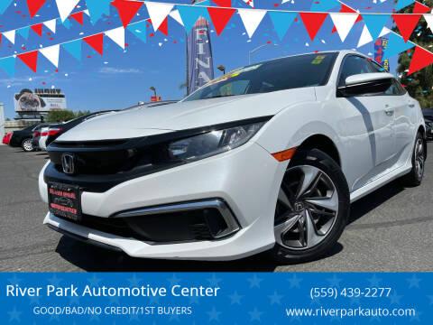 2019 Honda Civic for sale at River Park Automotive Center in Fresno CA