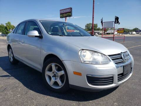 2009 Volkswagen Jetta for sale at speedy auto sales in Indianapolis IN