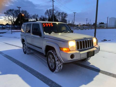 2007 Jeep Commander for sale at BELOW BOOK AUTO SALES in Idaho Falls ID