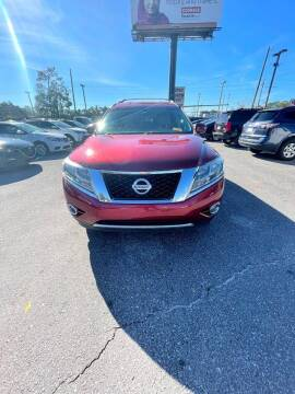 2015 Nissan Pathfinder for sale at Gulf South Automotive in Pensacola FL