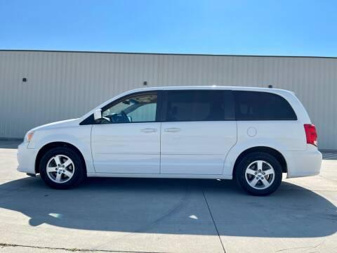 2013 Dodge Grand Caravan for sale at TnT Auto Plex in Platte SD