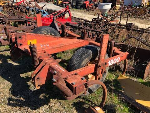 Case IH  1800 for sale at Vehicle Network - Joe's Tractor Sales in Thomasville NC