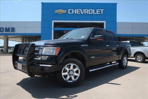2013 Ford F-150 for sale at Lipscomb Auto Center in Bowie TX