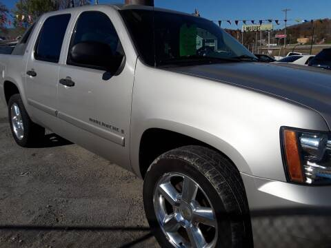 2008 Chevrolet Avalanche for sale at BBC Motors INC in Fenton MO