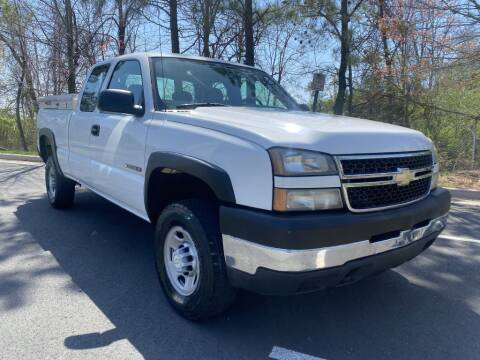 2006 Chevrolet Silverado 2500HD for sale at PM Auto Group LLC in Chantilly VA