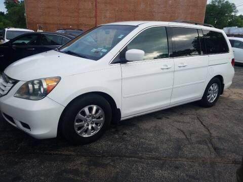 2008 Honda Odyssey for sale at Best Deal Motors in Saint Charles MO