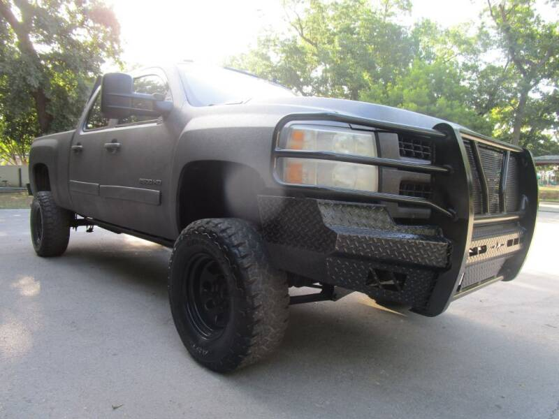 2008 Chevrolet Silverado 2500HD for sale at Thornhill Motor Company in Lake Worth TX