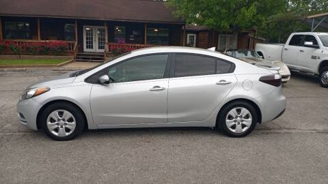 2016 Kia Forte for sale at Victory Motor Company in Conroe TX