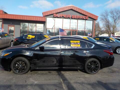 2017 Nissan Altima for sale at Super Service Used Cars in Milwaukee WI