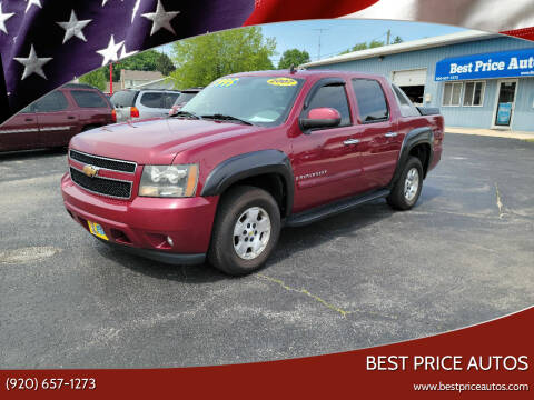 2007 Chevrolet Avalanche for sale at Best Price Autos in Two Rivers WI