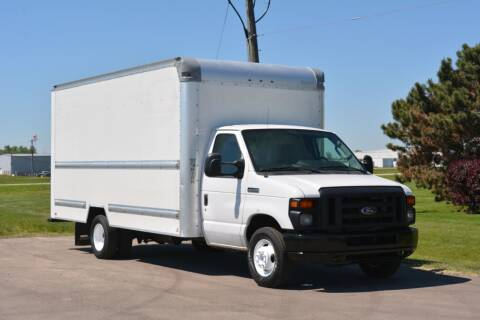 2015 Ford E-350 for sale at Signature Truck Center - Box Trucks in Crystal Lake IL
