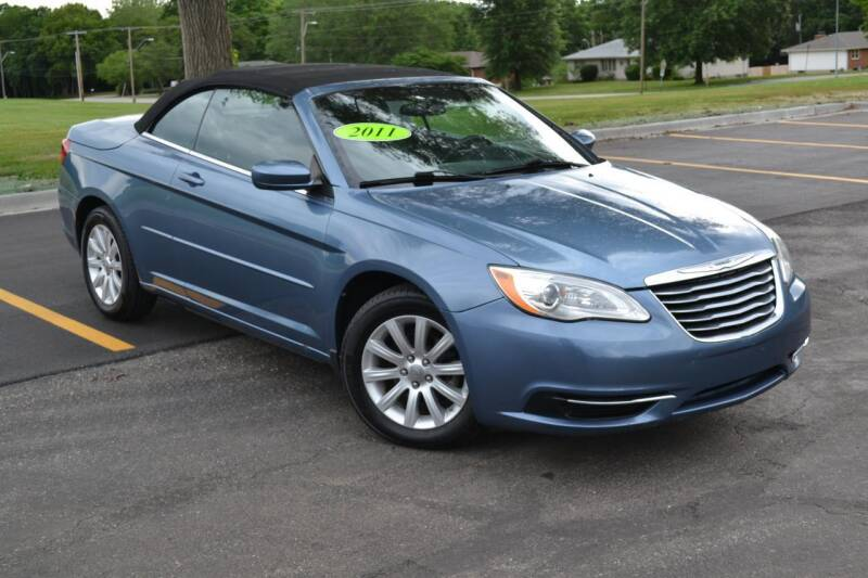 2011 Chrysler 200 Convertible for sale in Gladstone, MO