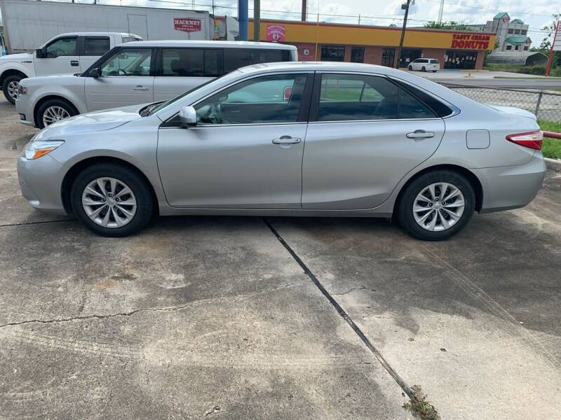 2016 Toyota Camry for sale at Uncle Ronnie's Auto LLC in Houma LA