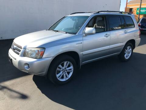 2007 Toyota Highlander Hybrid for sale at Shoppe Auto Plus in Westminster CA