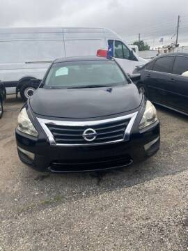 2013 Nissan Altima for sale at BSA Used Cars in Pasadena TX