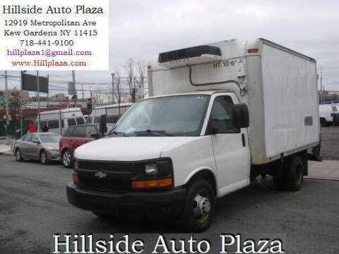 2009 Chevrolet Express Cutaway for sale at Hillside Auto Plaza in Kew Gardens NY