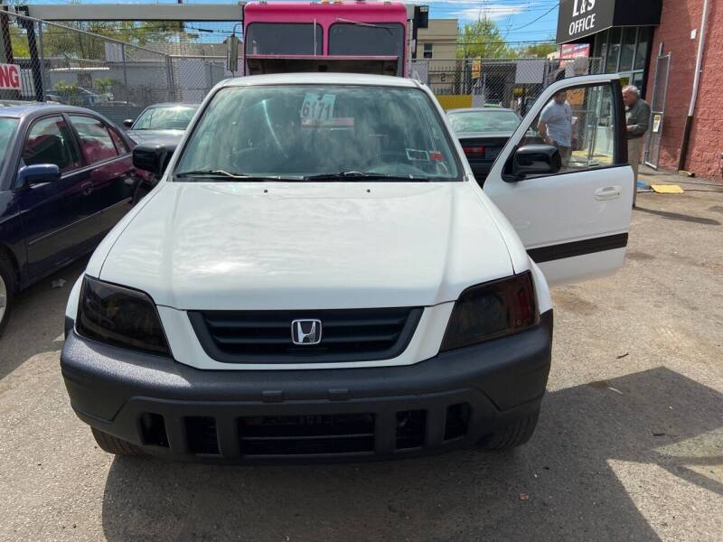 1999 Honda CR-V for sale at International Auto Sales Inc in Staten Island NY