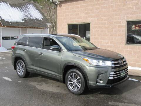 2018 Toyota Highlander for sale at Advantage Automobile Investments, Inc in Littleton MA