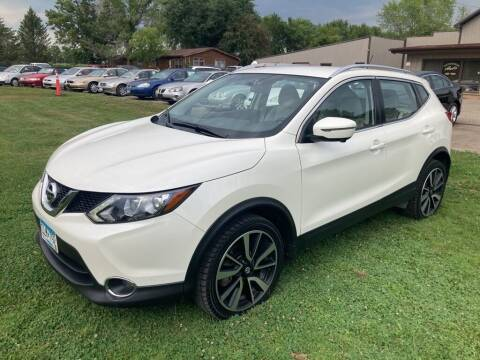 2017 Nissan Rogue Sport for sale at COUNTRYSIDE AUTO INC in Austin MN