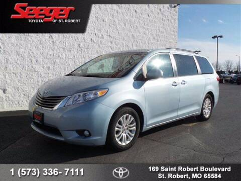 2017 Toyota Sienna for sale at SEEGER TOYOTA OF ST ROBERT in St Robert MO