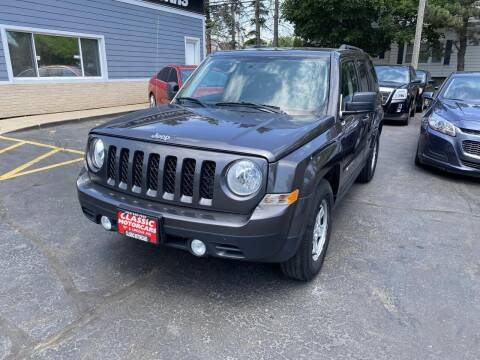 2014 Jeep Patriot for sale at CLASSIC MOTOR CARS in West Allis WI