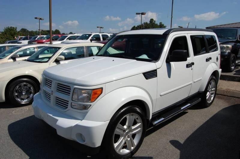 2011 Dodge Nitro for sale at Modern Motors - Thomasville INC in Thomasville NC